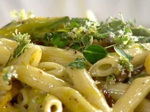 JH0112_Zucchini-Alla-Carbonara